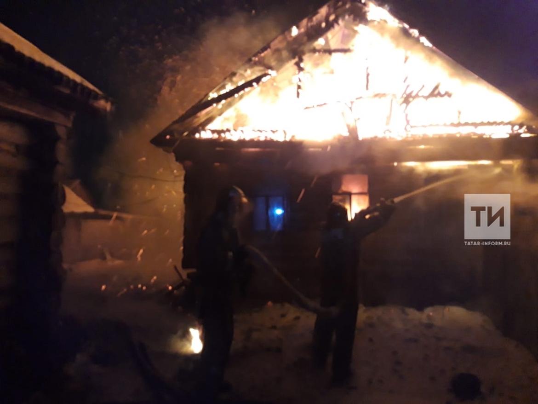 В Татарстане в частном доме из-за неисправного дымохода сгорел мужчина (ФОТО)