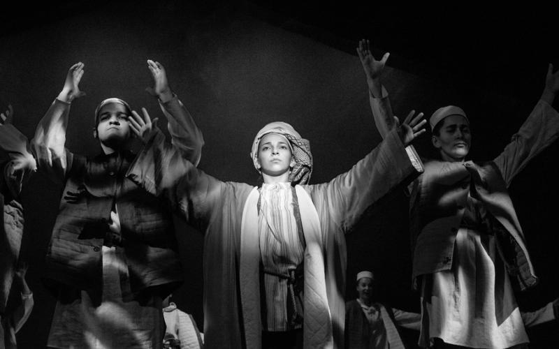 Театр Кариева поздравляет с премьерой спектакля «Необыкновенные ичиги»!