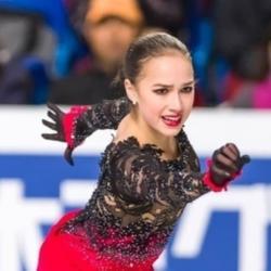 Алина Загитова, бой Нурмагомедова и уход Кобзона — самые популярные запросы россиян в Сети