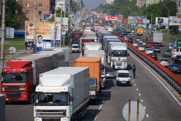Как получить пропуск в центр Москвы для грузового транспорта