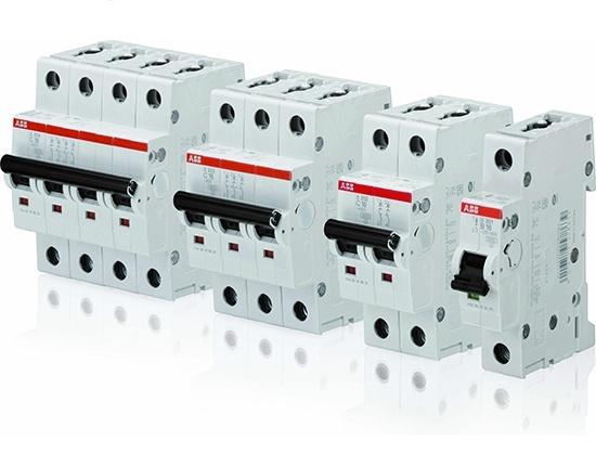 Большой выбор качественных электротоваров, включая автоматические выключатели